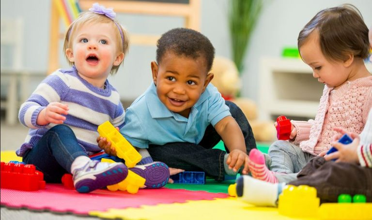 Pros and cons of preschools and nurseries