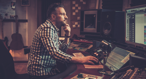 The Benefits of Hiring an Audio Recording Studio